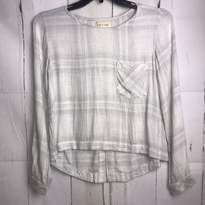 cloth & stone split back pocket blouse